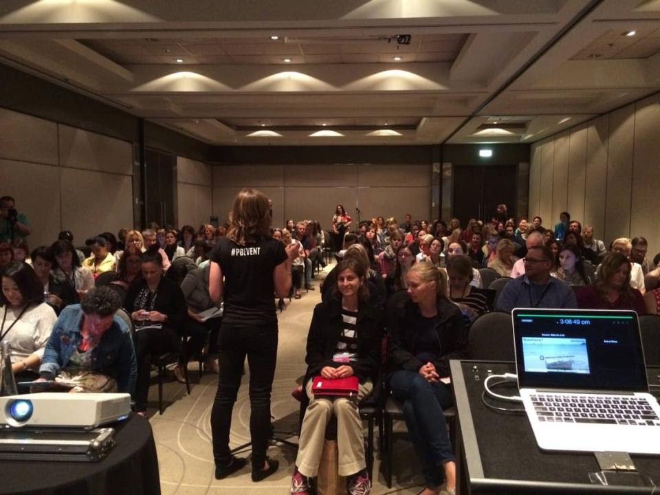 Here's a snap from upfront at my session at the Problogger conference.